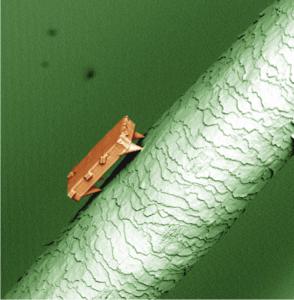 microrobot alimentato con luce laser